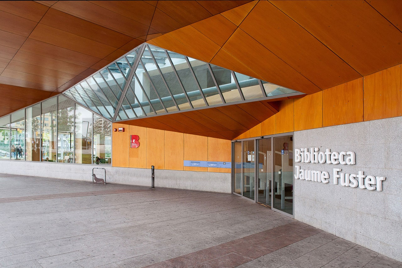 Biblioteca Jaume Fuster Barcelona