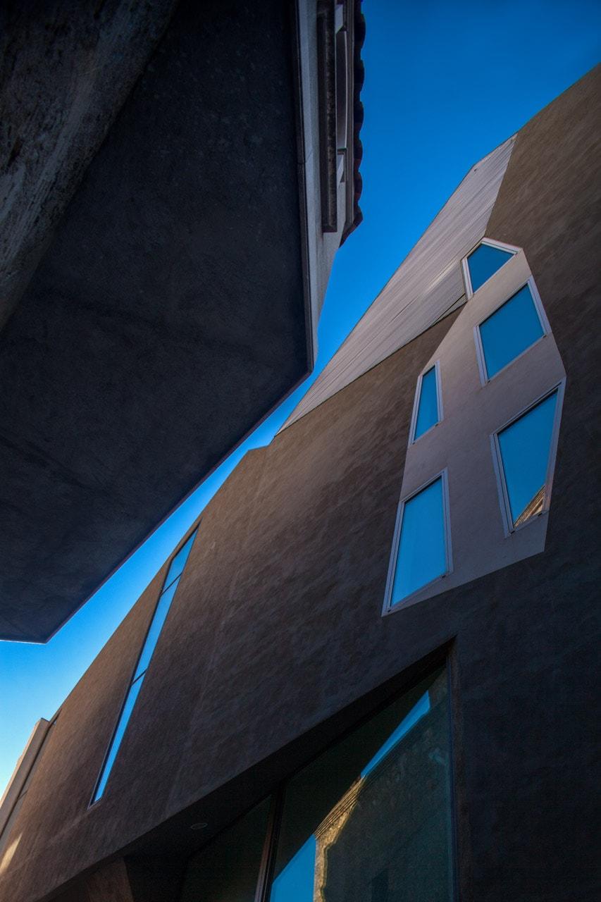 Exterior edificio arquitectura contemporanea Barcelona